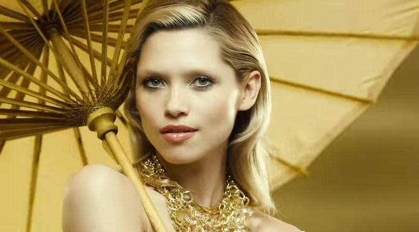 hana-jirickova-eau-my-gold-08