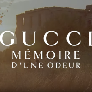 Harry Styles in Gucci Mémoire d'une Odeur
